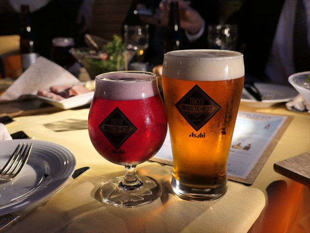 写真:アップグレードコースなら「TOKYO隅田川ブルーイング」も飲み放題に
