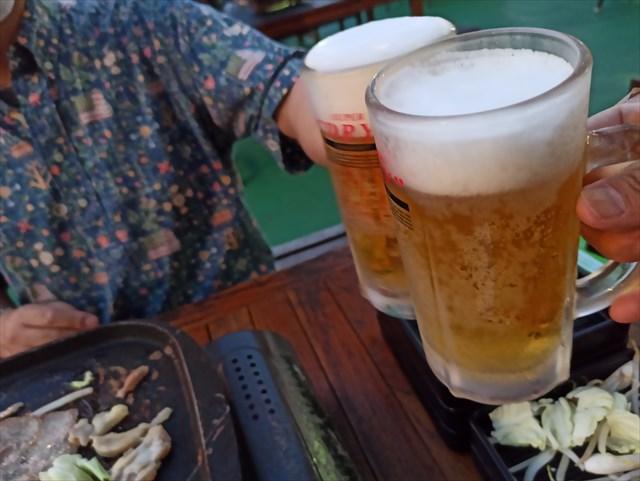 写真:横浜モアーズ 食べ放題BBQビアガーデン